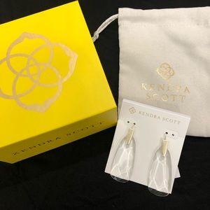 NWT Kendra Scott Maize Gold Clear Earrings